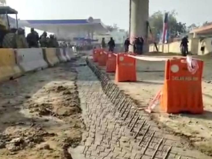 दिल्ली पुलिस द्वारा बंद किए गए हाईवे।
