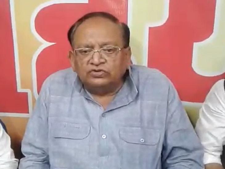 एक सितंबर को केंद्र सरकार के सामने खाद की कमी की लगाई गुहार, 3 को कहा- ऐसी कोई बात नहीं|बिहार,Bihar - Dainik Bhaskar