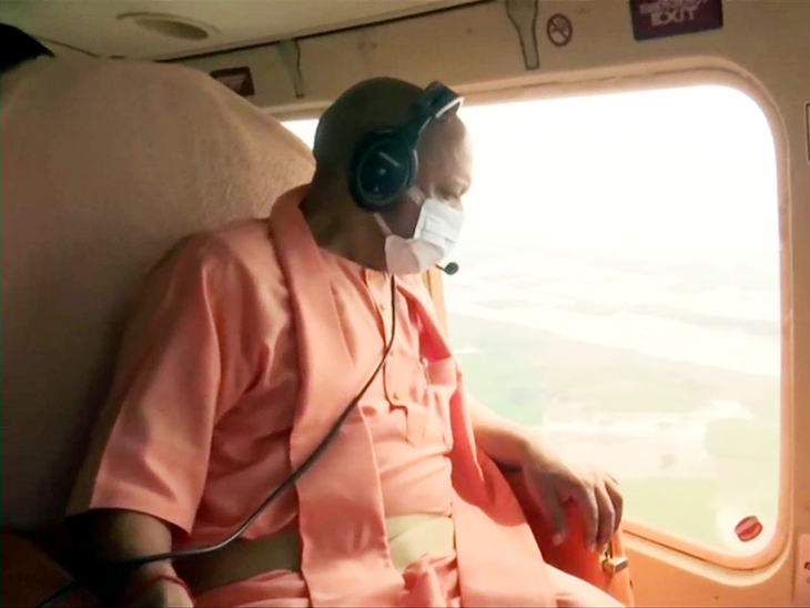 पीड़ितों में मुख्यमंत्री ने बांटी राहत सामग्री, कहा- न कोई भूखा रहेगा न बेघर, सभी नागरिक का जीवन अमूल्य|गोरखपुर,Gorakhpur - Dainik Bhaskar