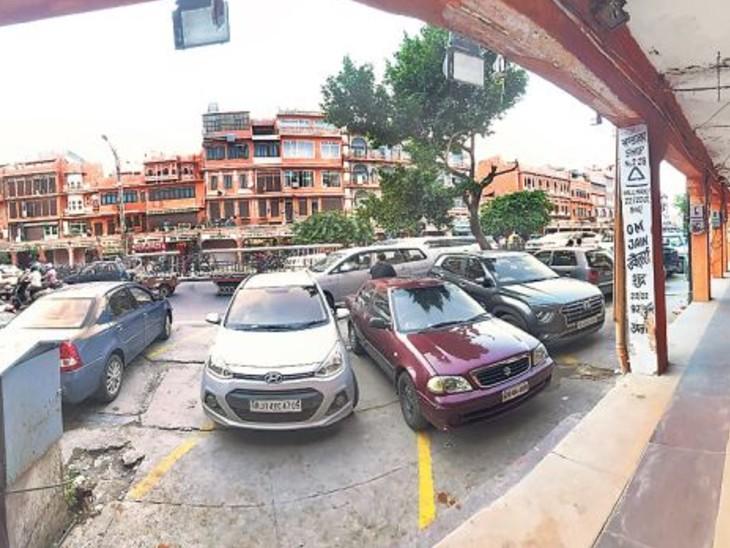 नगर में ट्रेड लाइसेंस वसूलने को लेकर दो भागों में बंटे निगम; हेरिटेज बोर्ड में बैकफुट पर मेयर-कमिश्नर, ग्रेटर में कमिश्नर से अलग हुई बीजेपी जयपुर,Jaipur - Dainik Bhaskar