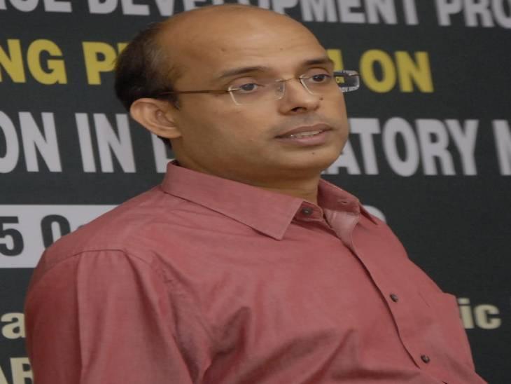 एडमिशन के लिए प्रवेश परीक्षाएं खत्म, स्नातक में 50% पाने वालों को मिलेगा सीधा दाखिला; वाराणसी में रीजनल डायरेक्टर ने दी जानकारी|वाराणसी,Varanasi - Dainik Bhaskar