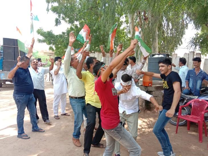 6 में से 4 जिलों पर कांग्रेस का कब्जा, एक पर भाजपा ने हासिल किया बहुमत; जयपुर, जोधपुर, सवाई माधोपुर और दौसा में बनेगा कांग्रेस का जिला प्रमुख|राजस्थान,Rajasthan - Dainik Bhaskar