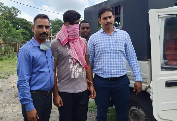 उज्जैन में ऑर्थोपेडिक डॉ. जितेंद्र भटनागर के खाते से साढ़े सात लाख निकाले, जामताड़ा गैंग का सदस्य गिरफ्तार|उज्जैन,Ujjain - Dainik Bhaskar