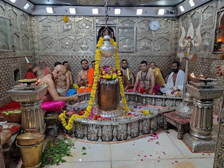 भव्य स्वागत होगा, नए वस्त्र भी पहनाए जाएंगे, पांचों स्वरूपों के साथ रथ में विराजित होंगे बाबा|उज्जैन,Ujjain - Dainik Bhaskar