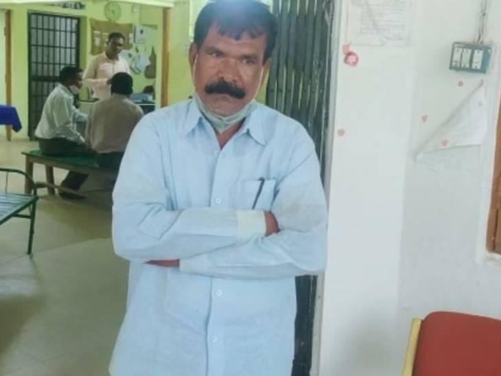 कांकेर के हाई स्कूल का प्रिंसिपल छात्राओं के साथ करता था 'गंदी हरकत'; शिकायत के बाद DEO ने कराई FIR, जांच में जुटी पुलिस|जगदलपुर,Jagdalpur - Dainik Bhaskar