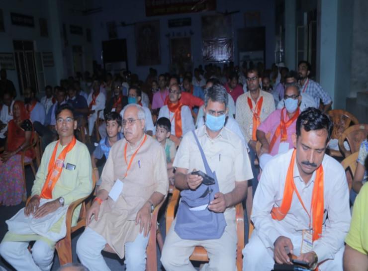 हमें इच्छा से देशी, जरूरत से स्वदेशी और मजबूरी में ही विदेशी वस्तुओं का उपयोग करना चाहिए- राष्ट्रीय सह संगठन मंत्री सतीश कुमार|जयपुर,Jaipur - Dainik Bhaskar