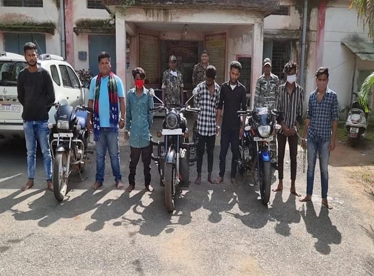 बस्तर पुलिस ने रविवार को एक बाइक चोर गिरोह का पर्दाफाश किया है। - Dainik Bhaskar