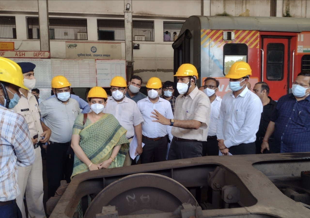कोविड जैसी महामारी में ऑक्सीजन की कमी से नही जाएगी रेलवे कर्मचारियों और उनके घरवालों की जान|लखनऊ,Lucknow - Dainik Bhaskar