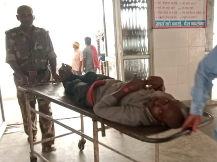 कांटी फ्लाईओवर पर बुलेट-पल्सर में जोरदार टक्कर, बाइक से उड़ गए परखच्चे, तीन युवक गंभीर रूप से घायल बिहार,Bihar - Dainik Bhaskar