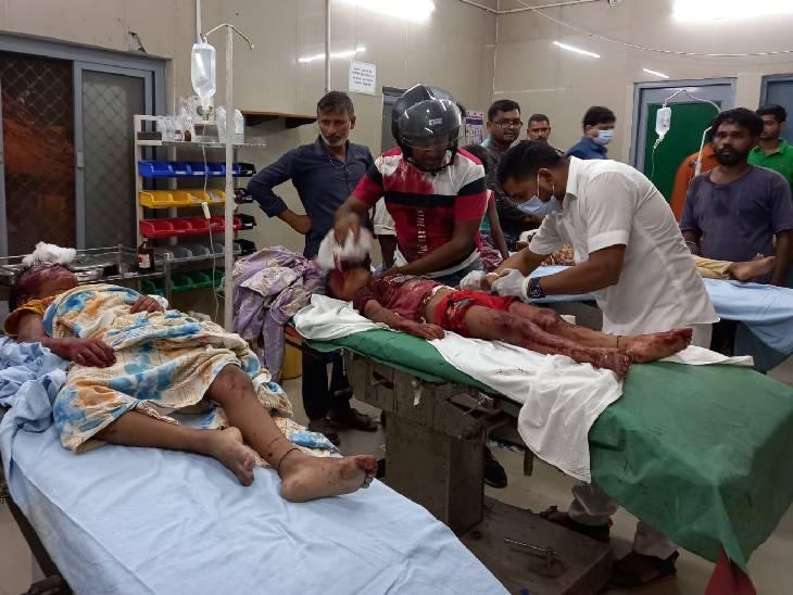 महिला के सिर पर सिलबट्टे से वार किया, छत पर लहूलुहान मिले दोनों बच्चे; तीनों की हालत गंभीर मिर्जापुर,Mirzapur - Dainik Bhaskar