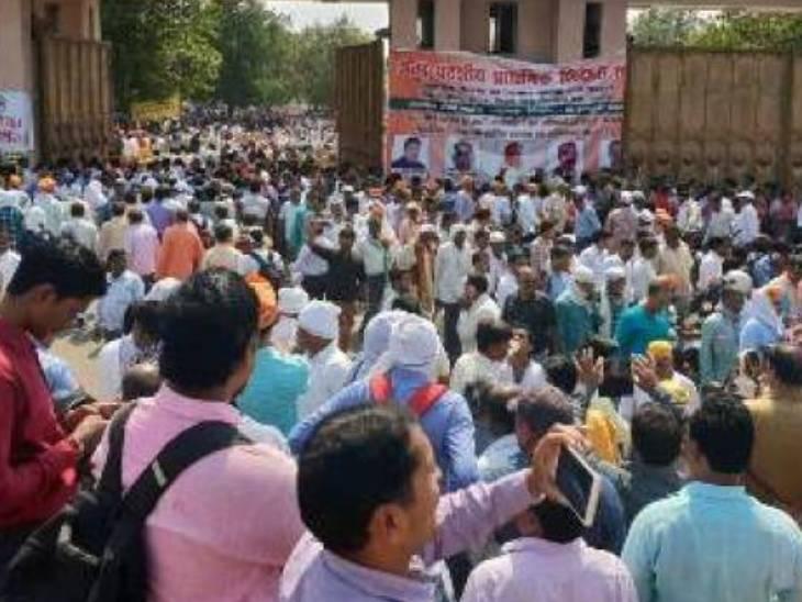13 लाख कर्मचारी अक्टूबर से शुरू करेंगे आंदोलन, राजनीतिक दल से इसको घोषणा पत्र में शामिल करने की मांग|लखनऊ,Lucknow - Dainik Bhaskar