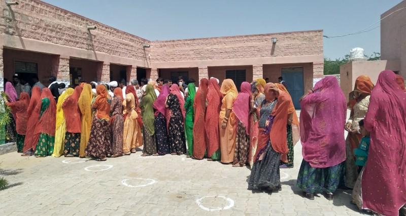 अनपढ़ कैंडिडेट ने पहले खुद को अयोग्य बताकर इस्तीफा दिया, फिर मना किया; अब बच्चों की उम्र पर विवाद|जयपुर,Jaipur - Dainik Bhaskar