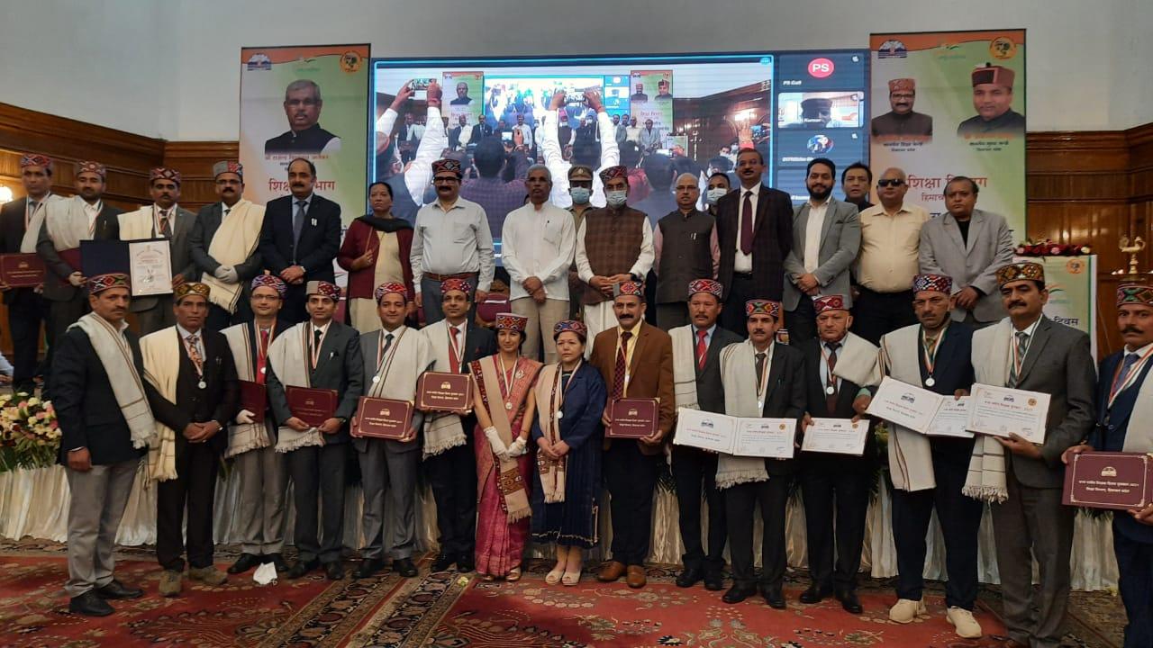 9वीं से 12वीं के स्टूडेंट्स के लिए हफ्ते में 2 दिन ट्रेनिंग में भाग लेना अनिवार्य, हिमाचल सरकार ने जारी किया 5 करोड़ का फंड|शिमला,Shimla - Dainik Bhaskar