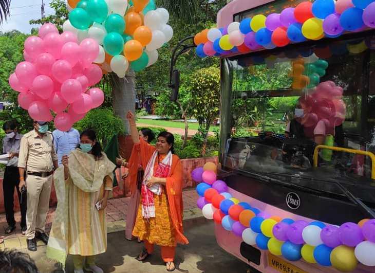 मंत्री और आयुक्त ने दिखाई हरी झंडी, कहा-इससे महिला सशक्तिकरण को नई दिशा मिलेगी।|इंदौर,Indore - Dainik Bhaskar