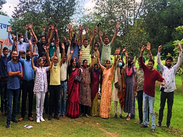 13 सितंबर को अभिभावक जयपुर में करेंगे विधानसभा घेराव, स्कूल फीस में 15% कटौती समेत अभिभावकों के हित में कानून बनाने की है मांग|जयपुर,Jaipur - Dainik Bhaskar