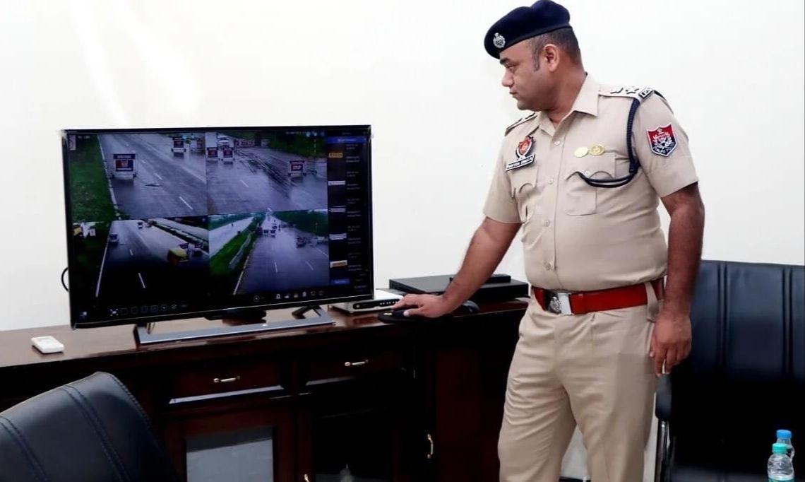 जालंधर पुलिस के 4 ASI ने बिना प्रूफ पकड़ा 25 लाख कैश 4 लाख रिश्वत लेकर छोड़ा; दो गिरफ्तार, ED भी करेगी जांच|जालंधर,Jalandhar - Dainik Bhaskar