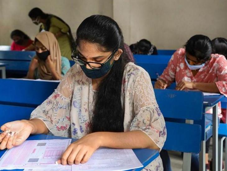 पूर्व मुख्यमंत्री वसुंधरा राजे, सांसद हनुमान बेनीवाल ने भी किया छात्रों का समर्थन, परीक्षा में 6 लाख से ज्यादा अभ्यर्थी शामिल|जयपुर,Jaipur - Dainik Bhaskar