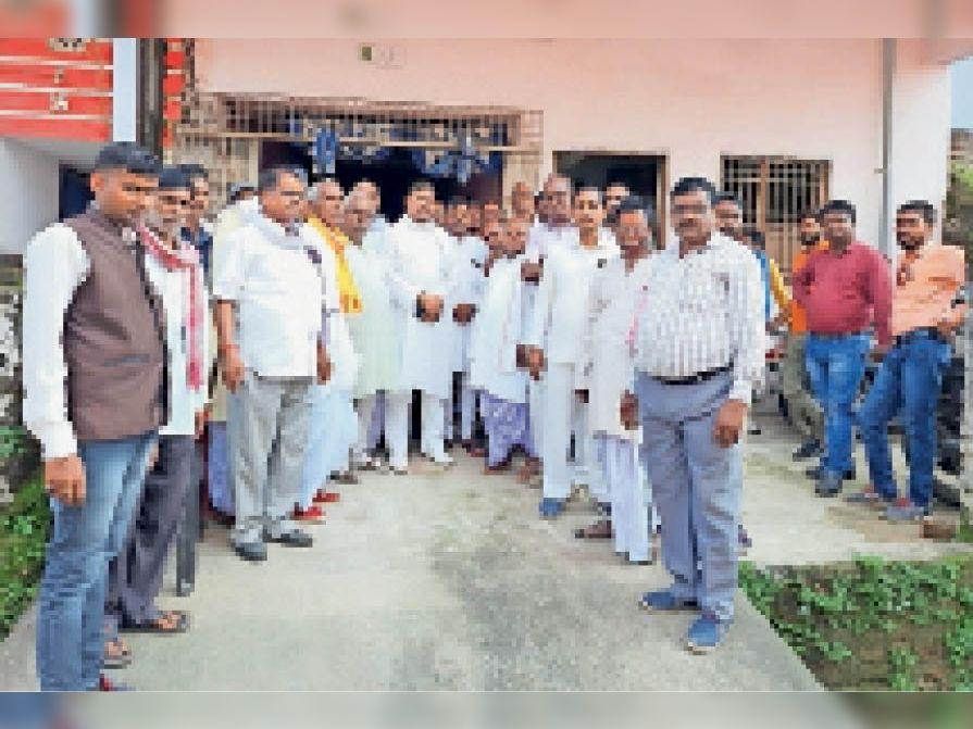 झारखंड राज्य के कोने-कोने से आए कोर ग्रुप के सदस्य। - Dainik Bhaskar