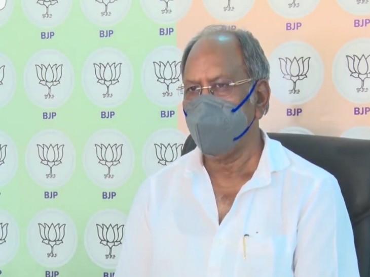 पूर्व मंत्री बृजमोहन ने कहा कि आगे कानून संभालना मुश्किल होगा। - Dainik Bhaskar