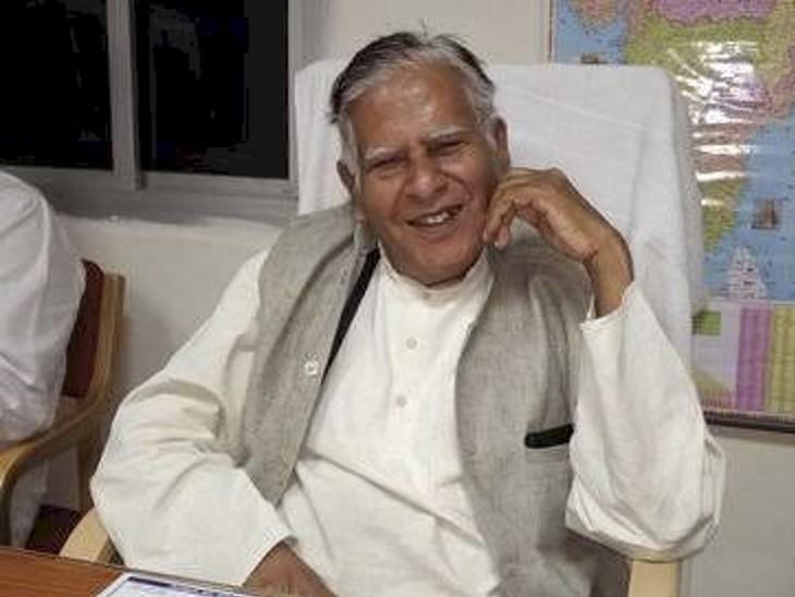 छत्तीसगढ़ के सीएम भूपेश बघेल के पिता ने लखनऊ में ब्राह्मणों पर आपत्तिजनक टिप्पणी की थी, रायपुर में दर्ज हुआ केस|उत्तरप्रदेश,Uttar Pradesh - Dainik Bhaskar