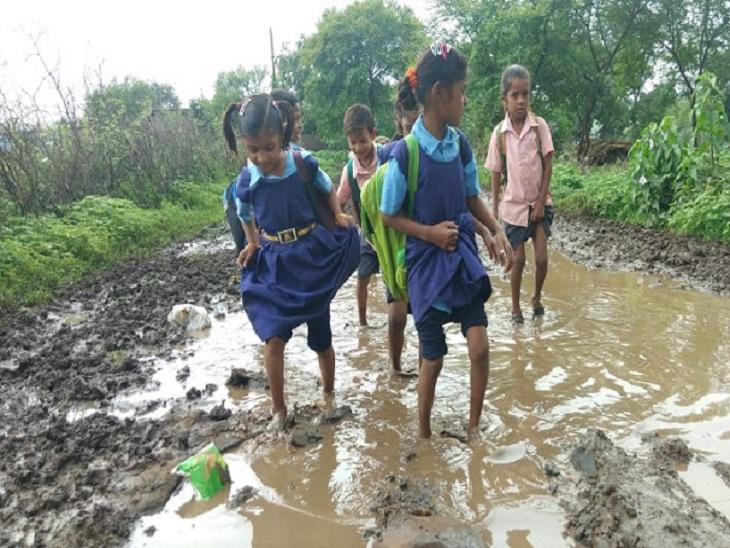 ओडिशा 120 लोगों के लिए बना रहा साढ़े चार करोड़ का पुल; बॉर्डर से लगते CG के 1000 आबादी के गांव में न बिजली, न रास्ते|छत्तीसगढ़,Chhattisgarh - Dainik Bhaskar