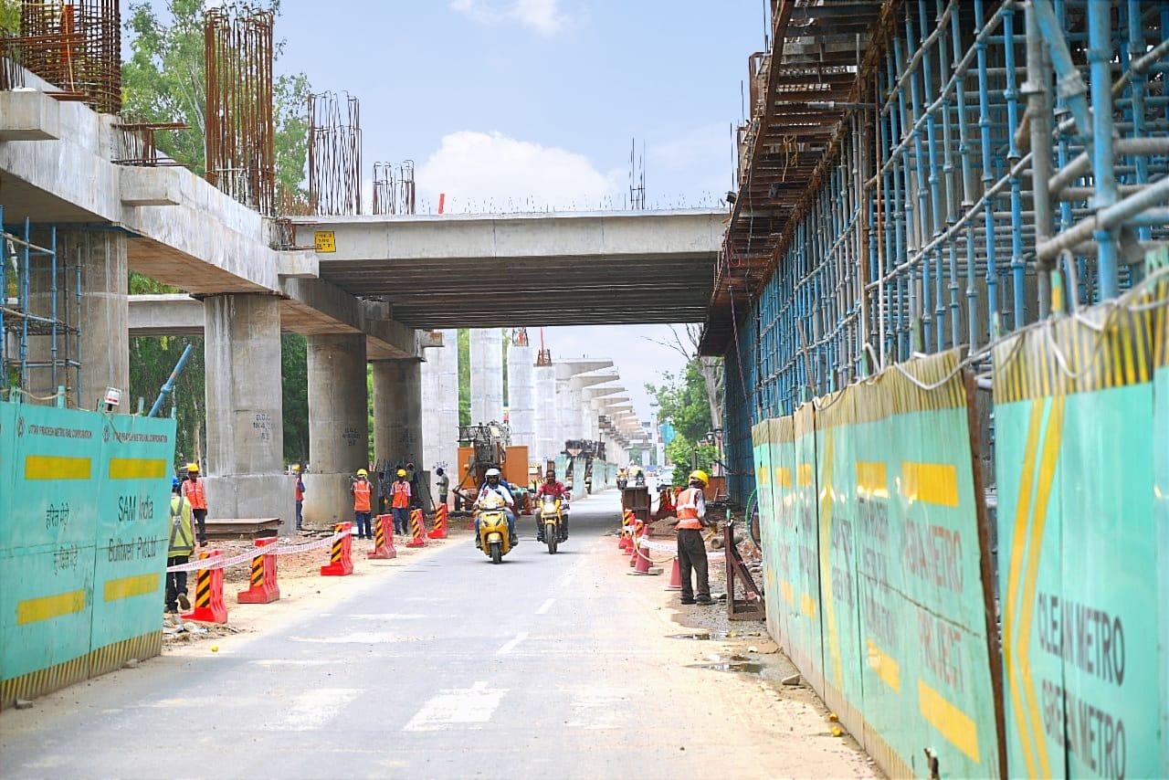 36 घंटों में आगरा के पहले मेट्रो स्टेशन के 9 डबल ट्री गार्डर तैयार, 2 साल पहले पूरा करेंगे कानपुर मेट्रो कार्य|आगरा,Agra - Dainik Bhaskar