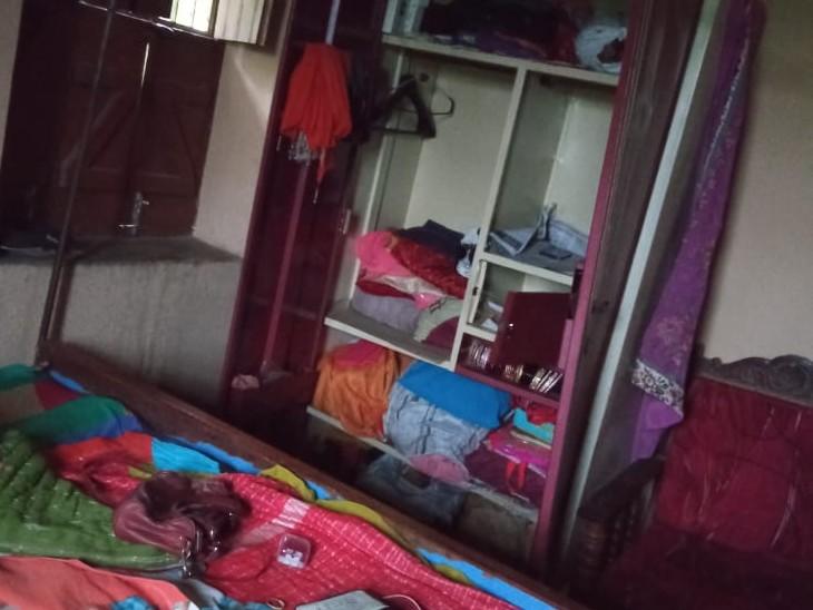 आर्मी जवान के घरों को निशाना बनाकर 10 लाख की सम्पत्ति चोरी की, घर मे सो रहे थे गृहस्वामी, पीछे के रास्ते से घुसे चोर|बिहार,Bihar - Dainik Bhaskar