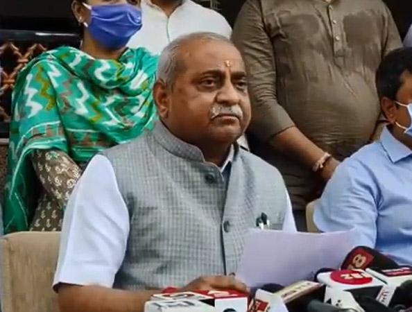 उपमुख्यमंत्री नितिन पटेल। - Dainik Bhaskar