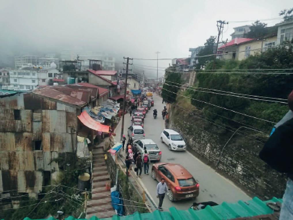 हिमाचल में 3 दिन भारी बारिश का यलो अलर्ट, भूस्खलन की आशंका, मौसम विभाग की सलाह-नदी-नालों के किनारों पर न जाएं पर्यटक|शिमला,Shimla - Dainik Bhaskar