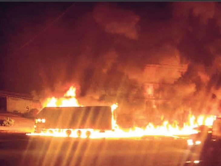डीजल टैंक फटने से कंटेनर में लगी आग, हाइवे पर 5 किमी लगा जाम|जयपुर,Jaipur - Dainik Bhaskar