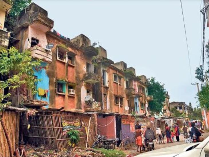 16 साल में लोगों को एक भी घर नहीं दिया,जिस बोर्ड पर आम लोगों को घर देने का जिम्मा उसी के आवास-जमीन पर कब्जा, फिर कर्मियों के वेतन पर हर माह 1.20 करोड़ का खर्च क्यों?|पटना,Patna - Dainik Bhaskar