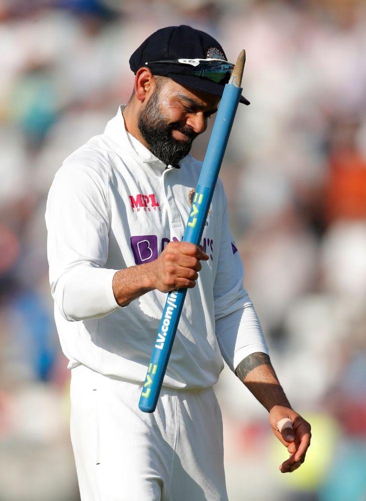 मैच जीतने के बाद सेलिब्रेट करते हुए कप्तान विराट कोहली।