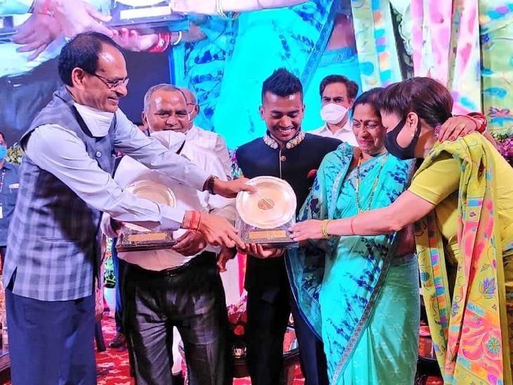 टोक्यो ओलिंपिक में इंडिया को ब्रॉन्ज मेडल दिलवाने वाले हॉकी प्लेयर की DSP पद पर नियुक्ति; CM शिवराज ने किया था ऐलान|होशंगाबाद,Hoshangabad - Dainik Bhaskar