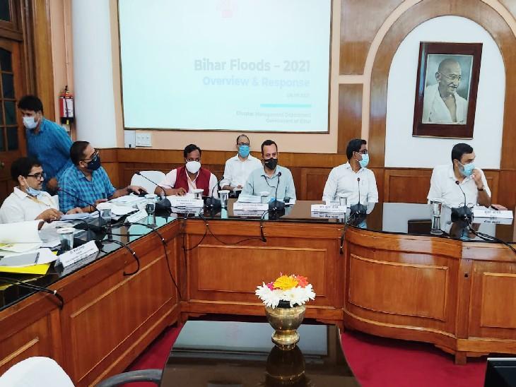 बिहार सरकार ने केन्द्रीय टीम को अपनी तरफ से हुए आकलन का विस्तृत ब्यौरा दिया है। - Dainik Bhaskar