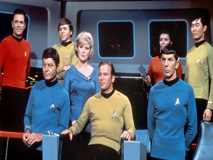 तीसरे सीजन के दौरान स्टार ट्रैक की कास्ट का प्रमोशनल फोटो।