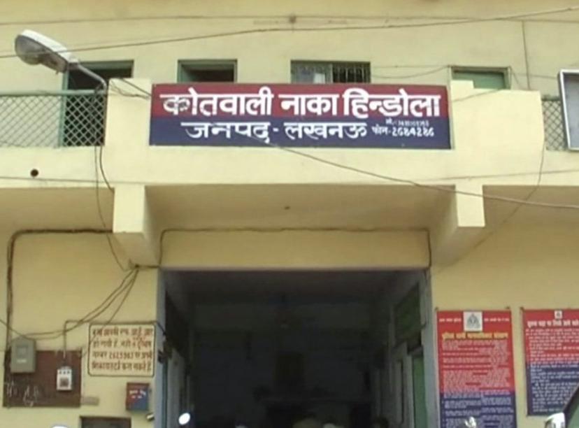 नाका इंस्पेक्टर मनोज कुमार मिश्रा का कहना है कि दोनों के खिलाफ काफी पुराने केस दर्ज हैं और वह जेल में हैं। क्राइम ब्रांच की नोटिस का जवाब दे दिया गया है। - Dainik Bhaskar