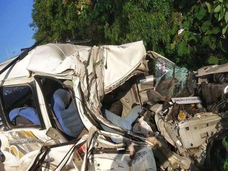 गाजियाबाद में हाईवे पर ट्रक की टक्कर से कार सवार 2 बच्चों समेत 5 की मौत, हरिद्वार से लौट रहा था परिवार, वाराणसी में तीन की जान गई|गाजियाबाद,Ghaziabad - Dainik Bhaskar