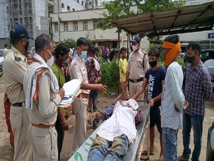 अब भेड़ाघाट में पड़ोसी ने विवाद में 38 वर्षीय युवक का मर्डर; ईंट-पत्थर और कुल्हाड़ी से हमला किया, गिरफ्तार|जबलपुर,Jabalpur - Dainik Bhaskar