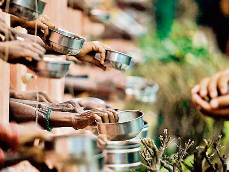 रोजगार करने के इच्छुक व्यक्तियों को प्रशिक्षण दिलवाकर समाज की मुख्य धारा में शामिल करने का प्रयास किया जाएगा। - Dainik Bhaskar
