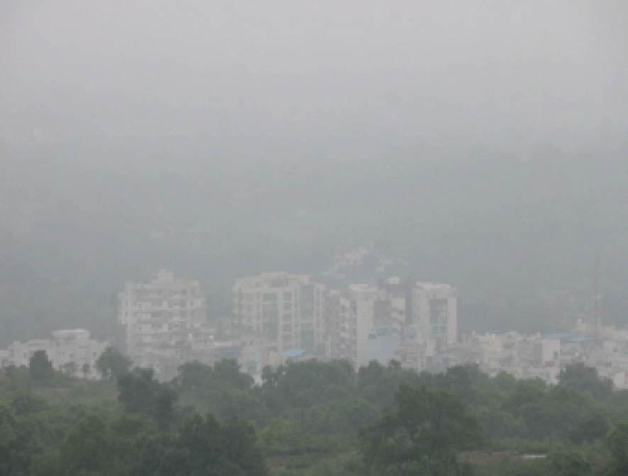 मौसम वैज्ञानिक एसएन साहू ने बताया कि दिन का तापमान 31.5 डिग्री रहा। - Dainik Bhaskar