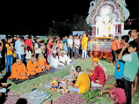 दूसरे साल भी संक्रमण की भेंट चढ़ा महाराजगंज का मौनिया बाबा मेला सीवान,Siwan - Dainik Bhaskar