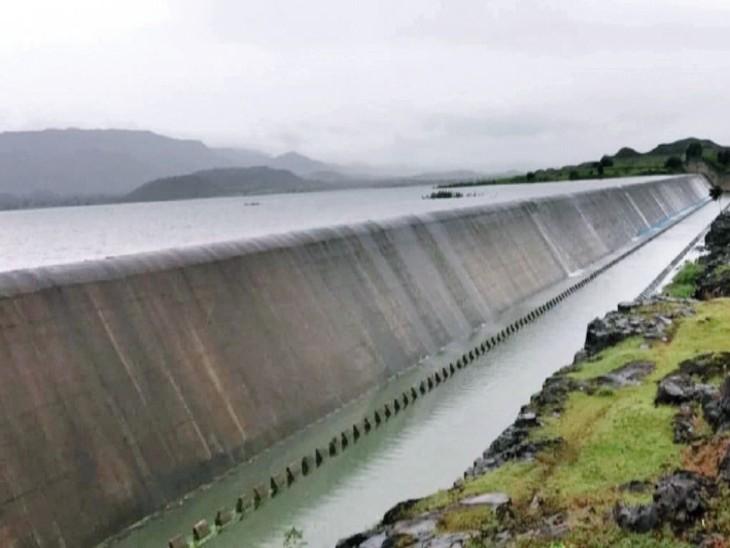 पिछले साल : 29 अगस्त को लबालब हो गया था तालाब - Dainik Bhaskar