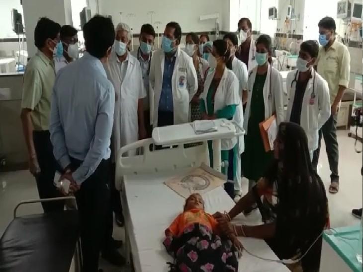 प्रयागराज में कोविड-19 की तीसरी लहर के लिए तैयार किए गए पीकू वार्ड में डेंगू-मलेरिया व बुखार पीड़ित बच्चों का इलाज शुरू|प्रयागराज (इलाहाबाद),Prayagraj (Allahabad) - Dainik Bhaskar