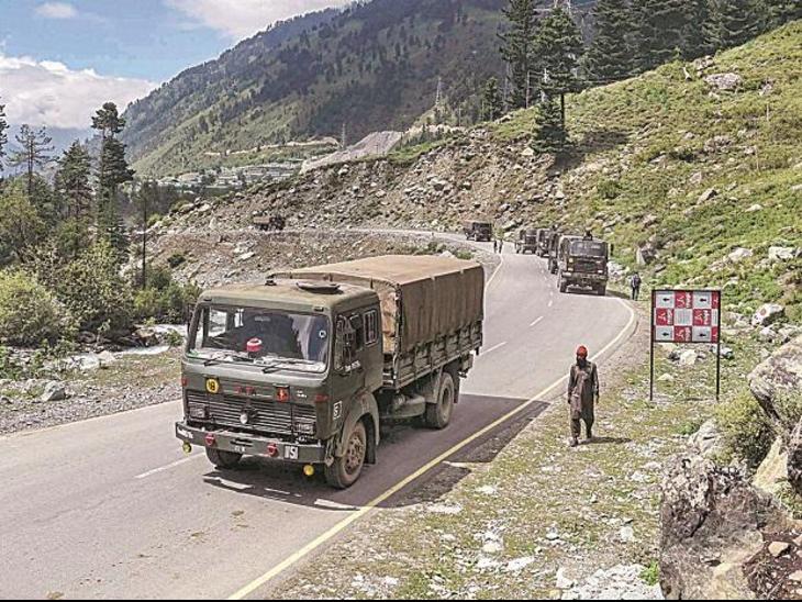 तालिबान के अफगानिस्तान पर काबिज होते ही चीन और पाकिस्तान ने भारतीय सीमा पर अपने कमांडर बदले|विदेश,International - Dainik Bhaskar