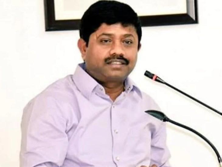 एमपी-एमएलए कोर्ट के विशेष न्यायाधीश आलोक कुमार श्रीवास्तव ने नंदी के खिलाफ दर्ज मुकदमा वापसी की अर्जी खारिज कर दी है।