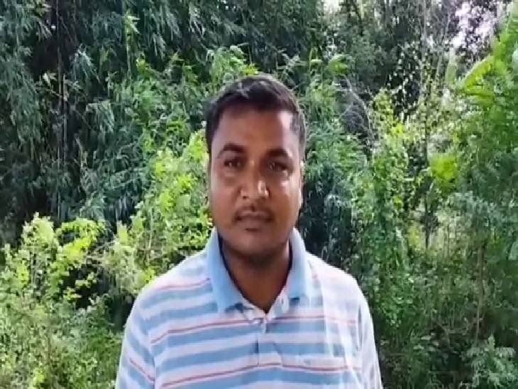 गांव में पक्का काम करवाने के लिए मांग रही थी 66 हजार रुपए, पहले भी लग चुके हैं अवैध वसूली के आरोप|अम्बेडकरनगर,Ambedkarnagar - Dainik Bhaskar