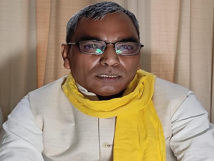 सुभासपा अध्यक्ष वाराणसी में बोले- मुजफ्फरनगर में किसान आंदोलन से BJP चुनाव को लेकर चिंतित हुई; अब डैमेज कंट्रोल कर रही वाराणसी,Varanasi - Dainik Bhaskar