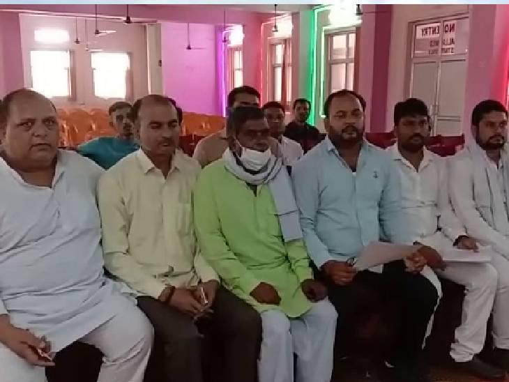 जिलाध्यक्ष बोले- प्रबुद्ध वर्ग की वजह से आईं सभी पार्टी, सत्ता में आने के बाद भूले; सपा ने किया हमेशा सम्मान|औरैया,Auraiya - Dainik Bhaskar