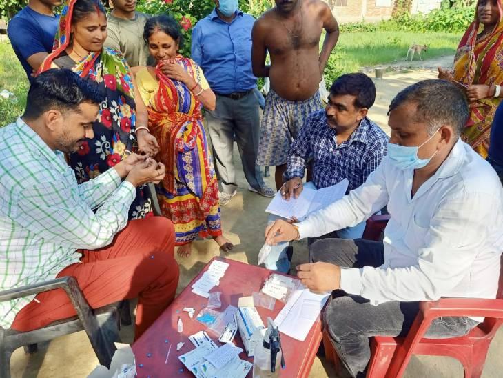 1 सितंबर को आया था बुखार, बरेली में चल रहा था इलाज; स्वास्थ्य विभाग ने कैंप लगाकर की जांच, 48 लोगों के भेजे सैंपल|पीलीभीत,Pilibheet - Dainik Bhaskar