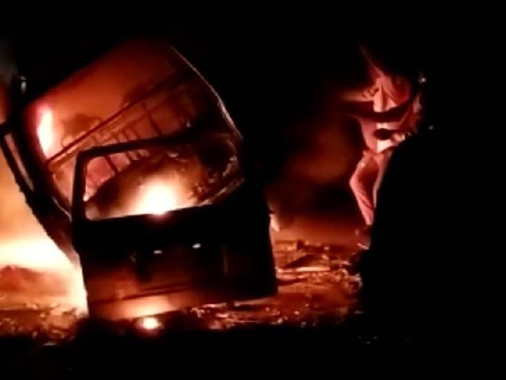 सीएनजी किट में शॉर्ट सर्किट से लगी आग; नवजात शिशु, 7 महिलाओं समेत 9 यात्री झुलसे; 2 की हालत गंभीर|अमेठी,Amethi - Dainik Bhaskar